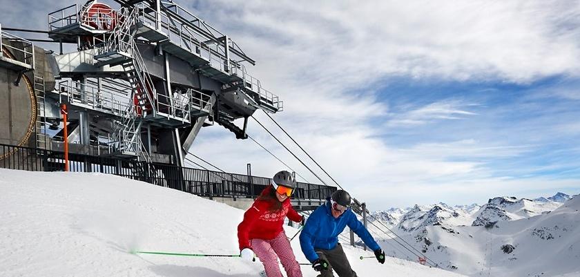 Heidi&Gigi Skifahren2.jpg